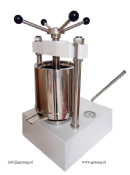 High pressure press for tincture production